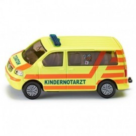 AMBULANCE ENFANTS AU 1/64EME