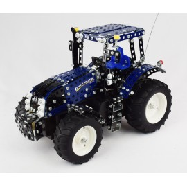 Professional - - Tronico R/C Radio Control New Holland T8.390 - 790 Pieces